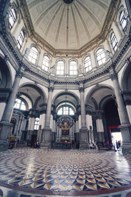 Basilica-di-Santa-Maria-della-Salute-3-dante-vincent-photography