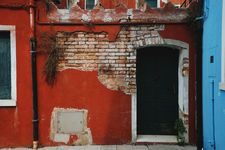 burano-facade-3-dante-vincent-photography