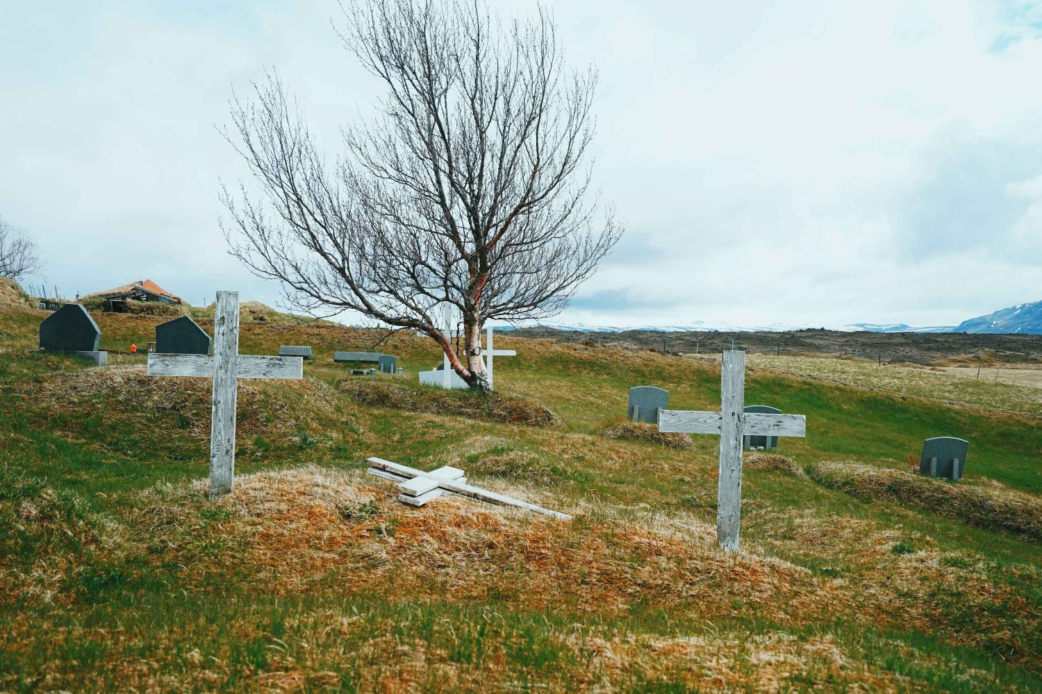 church-graveyart-iceland-dante-vincent-photography-19