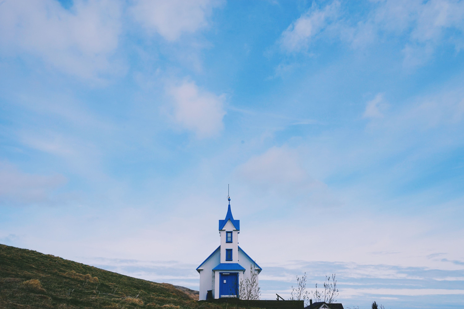 iceland-blue-church-dante-vincent-photography-58