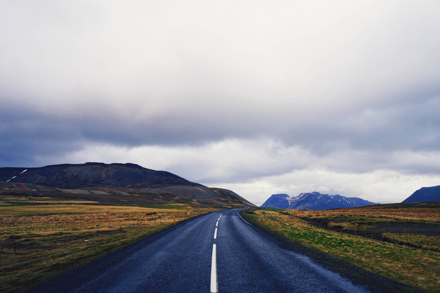 iceland-lonely-road-dante-vincent-photography-105