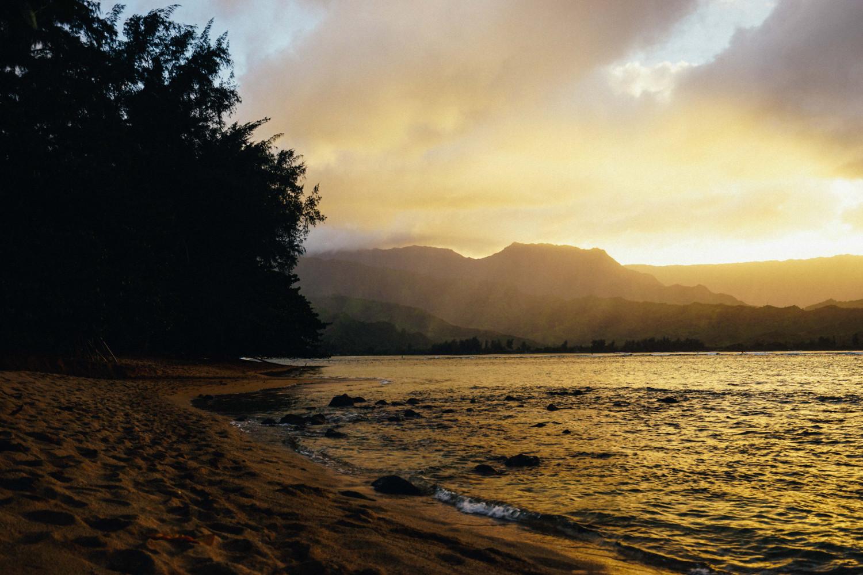 st-regis-princeville-beach-sunset-dante-vincent-photography