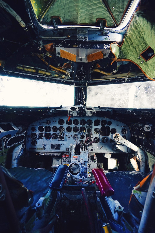 us-navy-plane-hnjótur-museum-iceland-dante-vincent-photography-95