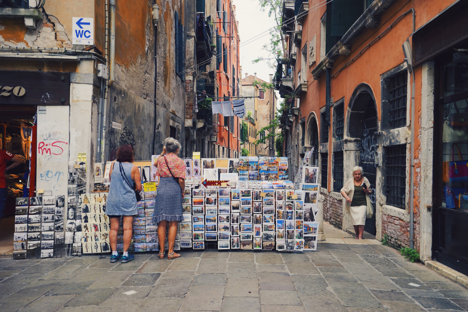 venice-postcards-nonna-dante-vincent-photography